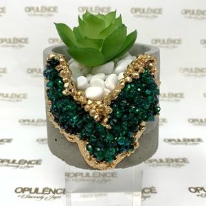Crystalline Planter